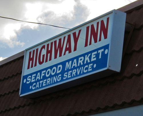 Hiway Inn09