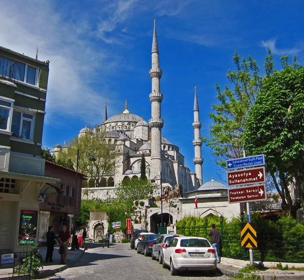 mmm yoso istanbul lunch the blue mosque hippodrome dinner at mozaik and hagia sofia. Black Bedroom Furniture Sets. Home Design Ideas