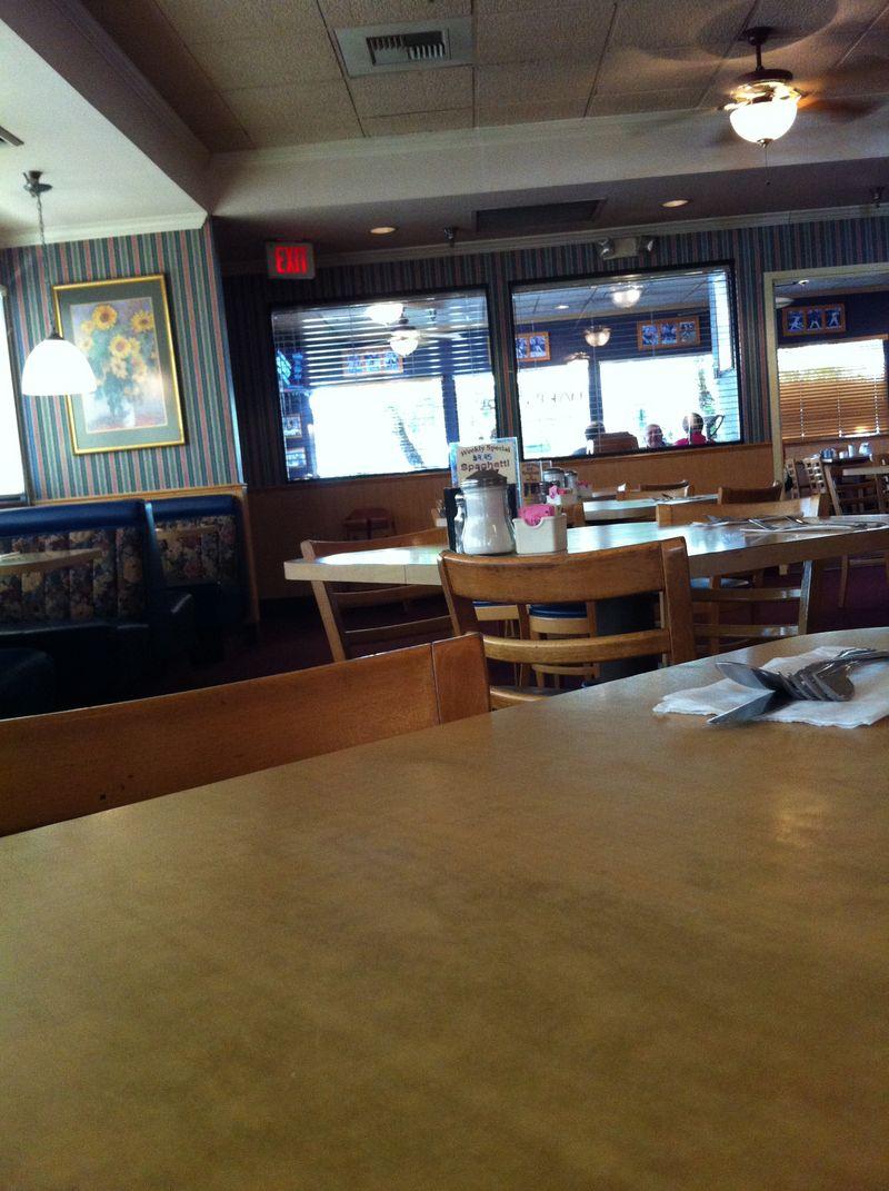 mmm-yoso!!!: Jimmy\'s (Santee)-breakfast, lunch and dinner