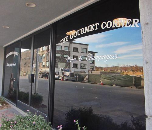 Gourmet Corner 01