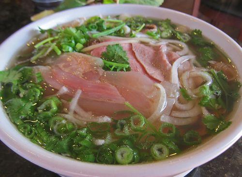 Pho Saigon and Grill 03
