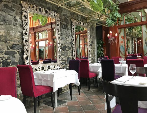 Saint Ex Restaurant