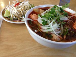 Hoai Hue Noodle 02