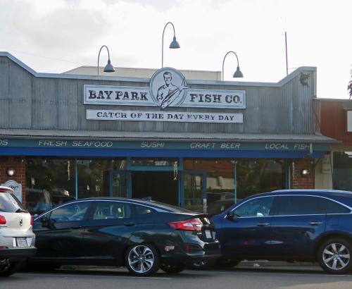 3951 Bay Park Fish 01