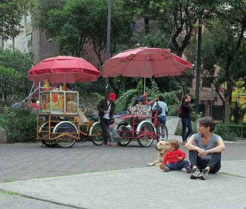 Making Friends at Plaza Rio de Janeiro - Mexico City