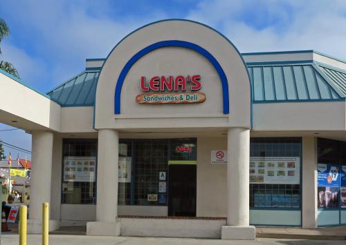 Lenas 01