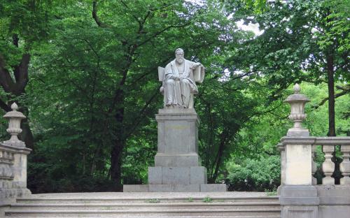 Max von Petterkofer Statue