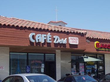 Cafedore01